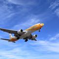 Photos: Boeing777 晴れた冬空