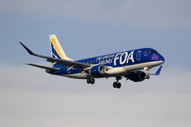 ERJ-175 FDA JA13FJ approach