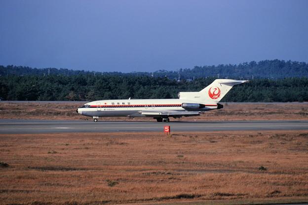 Boeing727-46 JAL JA8327 ここはドコ 1984.11