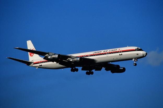 DC-8-61 JAL JA8060 CTS 1985.09