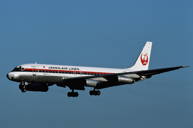 DC-8-62 JAL JA8031 CTS 1987.09 (1)