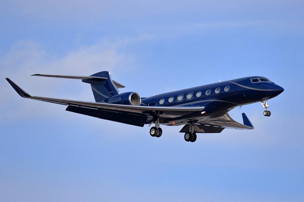 Gulfstream G650ER N333GW approach