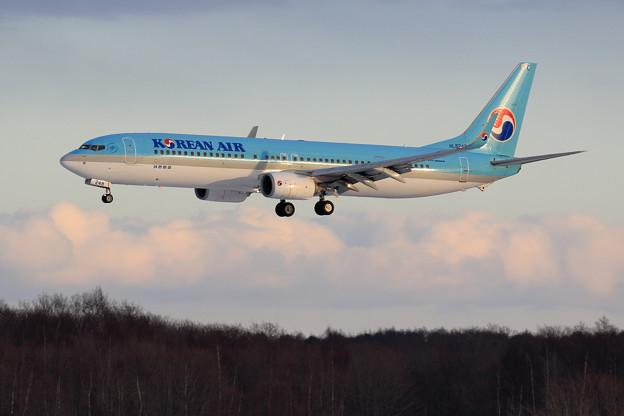 Boeing737-900 KAL HL8248 approach