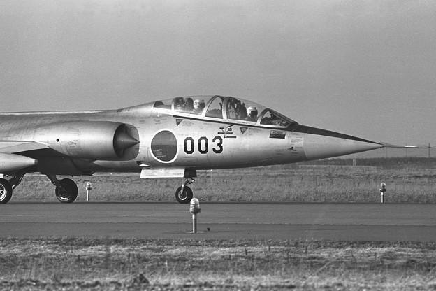F-104DJ 26-5003 後席メットにバニー? 203sq 1980.04