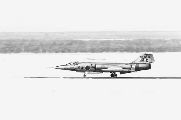F-104J 36-8541 203SQ 1980.03