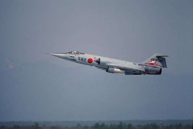 Photos: F-104J 46-8582 207sq CTS 1981.05 (2)