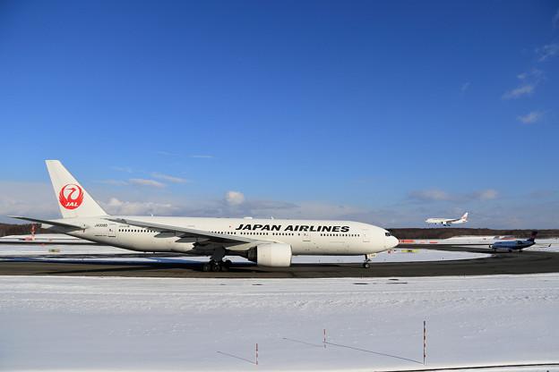 Photos: Boeing777 JAL JA008D