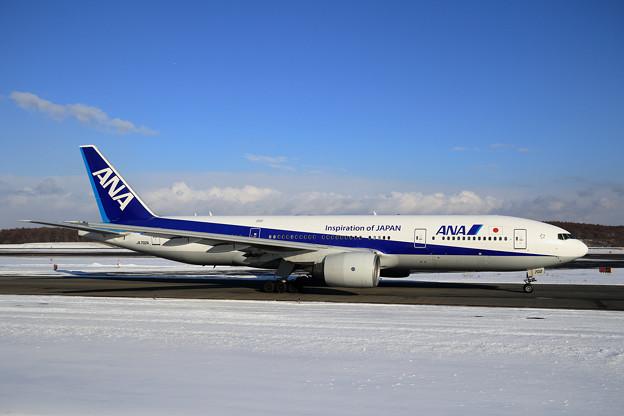 Boeing777 ANA JA702A