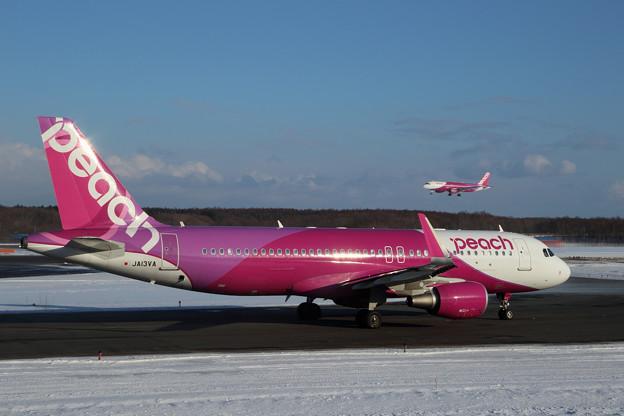 Photos: A320 Peach JA13VA