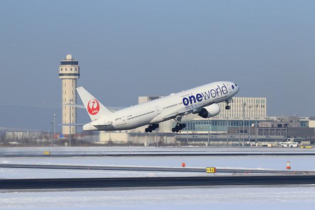 Boeing777 JAL JA771J takeoff