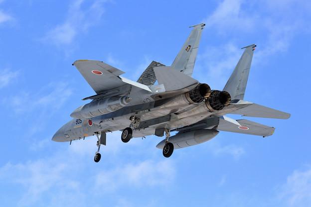 F-15J 905 201sq approach