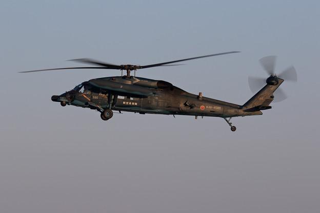 UH-60J 580 久々にRwy36R approachをみた
