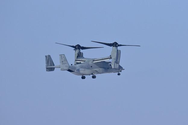 MV-22B 168224 ET-03 VMM-262 飛来
