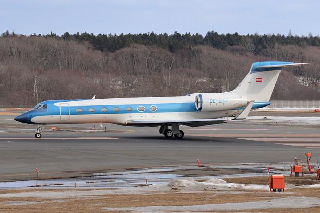 Gulfstream G550 OE-LCZ (2)