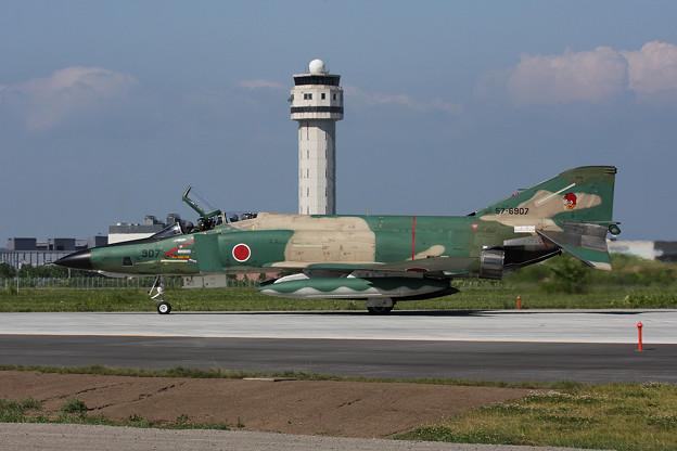 Photos: RF-4E 57-6907 CTS 2013.07 (2)