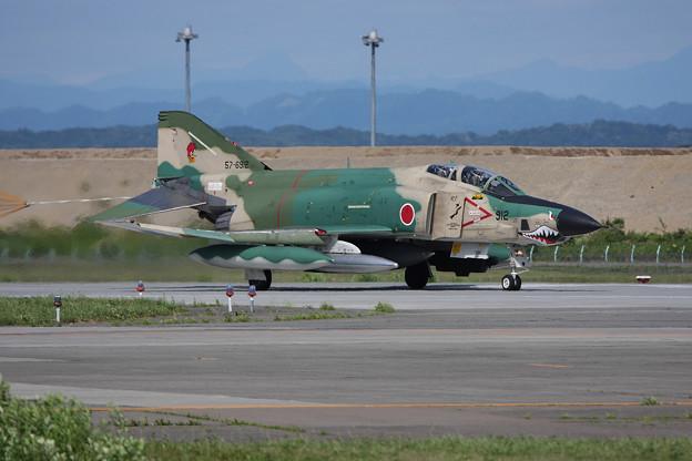 Photos: RF-4E 57-6912 CTS 2010.07 (1)