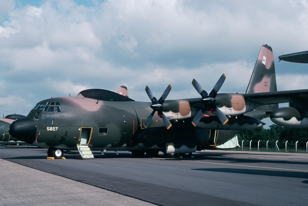 C-130N 69-5827 67ARRS USAF IAT1981.06
