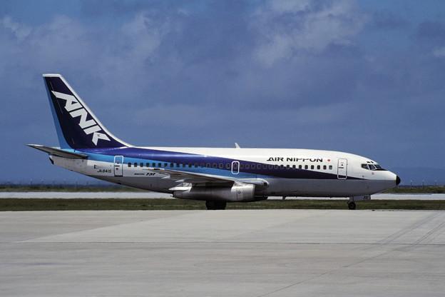 B737-200 JA8415 ANK 那覇 1989.12