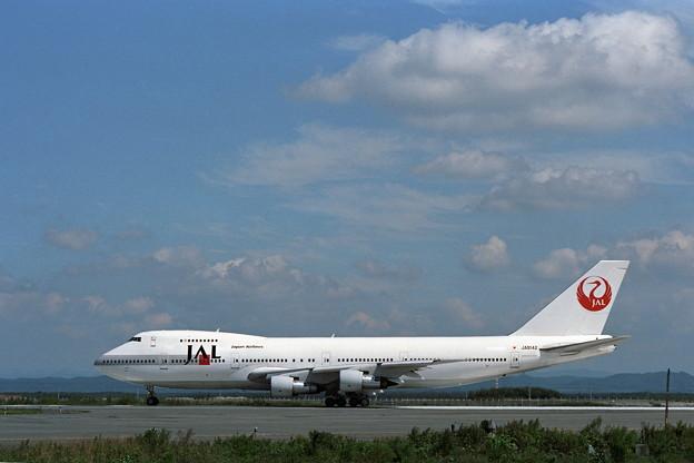 B747-146B JA8142 JAL CTS 1988