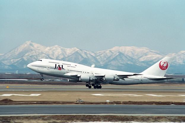 B747-446 JA8903 JAL CTS 1990.03