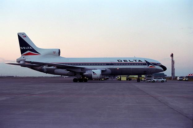 L-1011 N760DH DLA CTS 1989.06