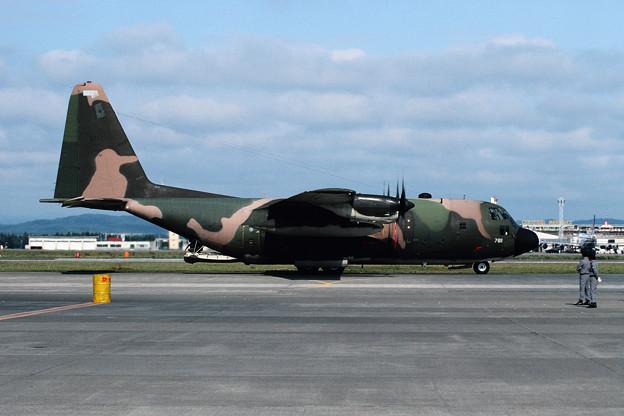 C-130E 63-7811 MAC CTS 1982.08