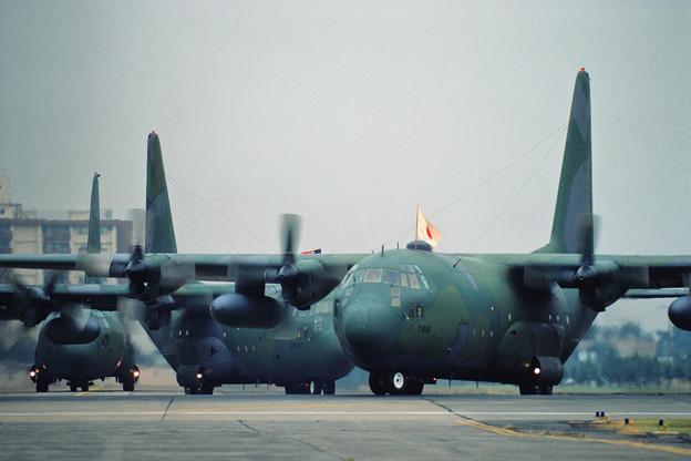 C-130E 63-7881 MAC 横田1984.10