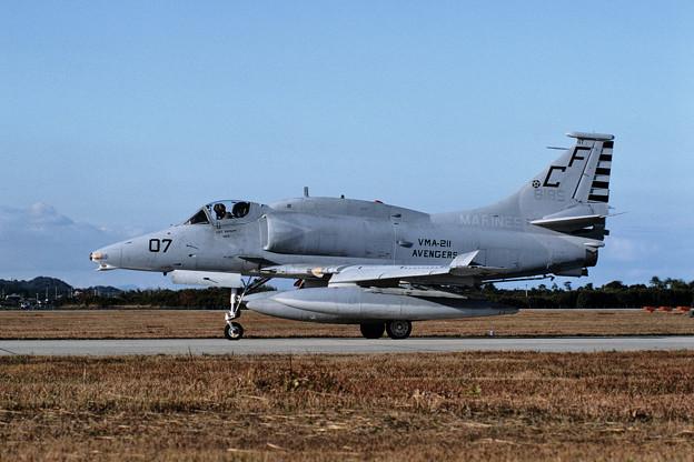 A-4M 158185 CF-07 VMA-211 RJFZ 1987.11