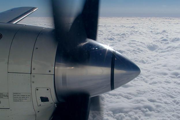 SAAB 340 HAC 雲上をゆく (1)