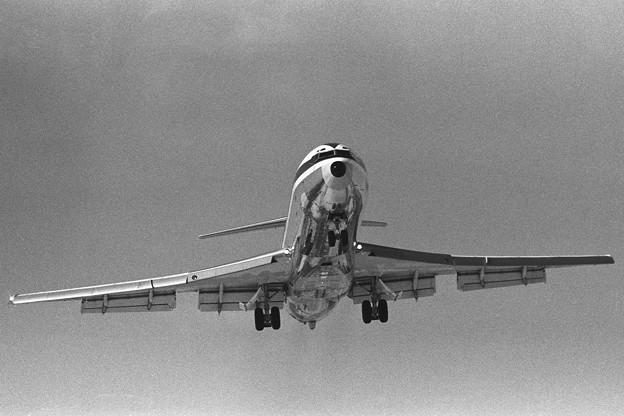 千歳 B727-281 全日空 Rwy18L approach 1978.03
