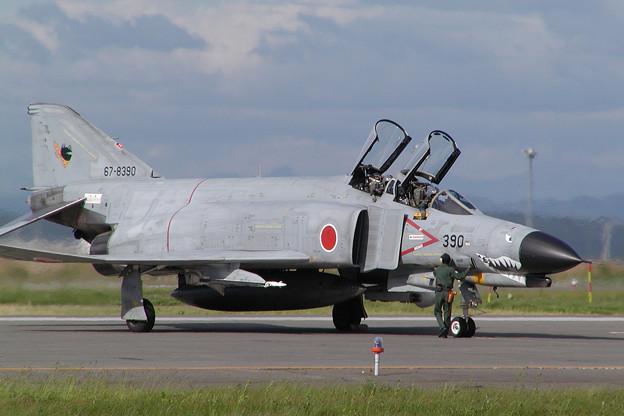 F-4EJ 8390 301sq CTS 2004.06(2)