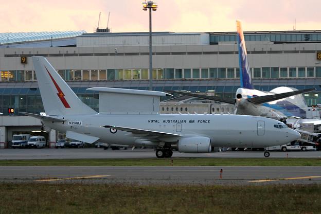 E-7A A30-002 RAAF (N358BJ Boeing) RJCC 2005.10(2)