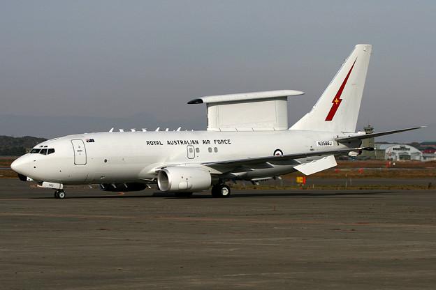 E-7A A30-002 RAAF (N358BJ Boeing) RJCC 2005.10(4)