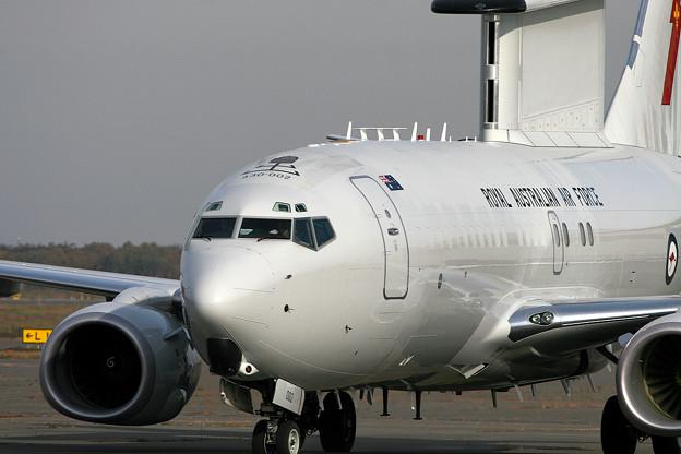 E-7A A30-002 RAAF (N358BJ Boeing) RJCC 2005.10(6)