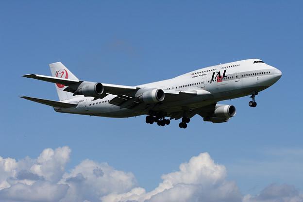 B747-446 JA8904 JAL CTS 2006.09