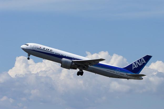 B767-300 JA8360 全日空・ANA CTS 2006.09