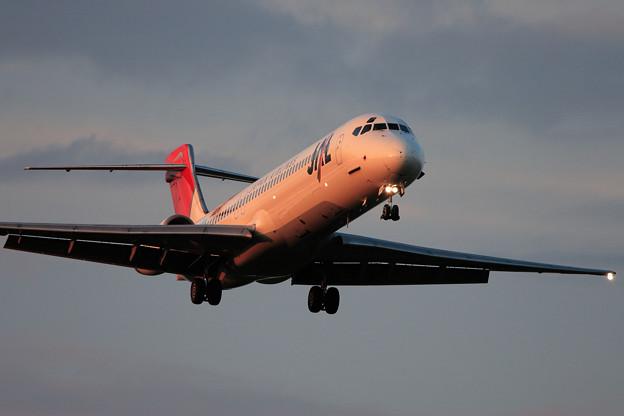 Photos: MD-87 JA8278 JAL CTS 2006.09