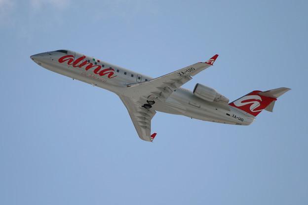 CRJ-200 XA-UIO ALMA de Mexico CTS 2008.01(2)