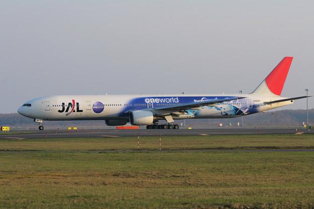 Photos: B777-300 JA8941 JAL OneWorld 2007.05