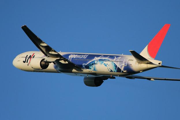 B777-300 JA8941 JAL OneWorld 2007.09(3)