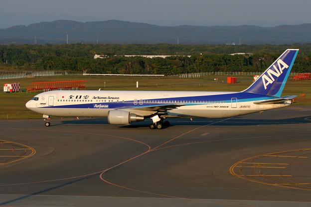 B767-300 JA8970 全日空 AirJapan ANK 2005.10(1)