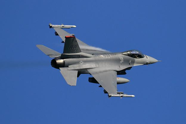 F-16C 92-3913 WW 13FS takeoff (2)