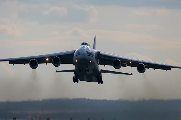 Photos: Antonov An-124 RA-82043 CTS 2005.11(6)