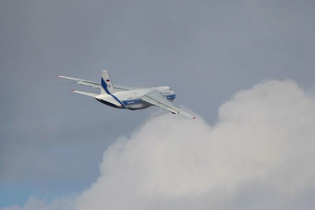 Antonov An-124 RA-82043 CTS 2005.11(7)