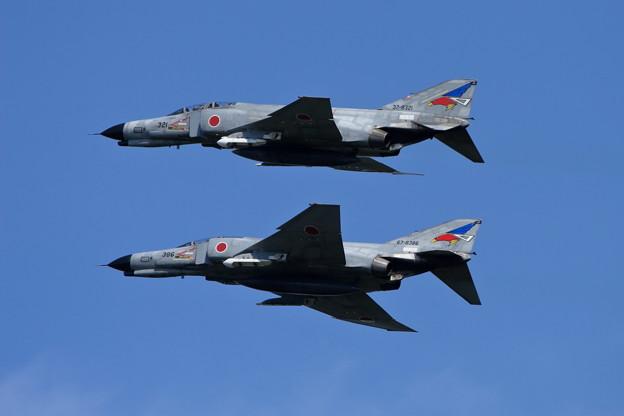 F-4EJ 8321+8386 302sq CTS 2007.0904
