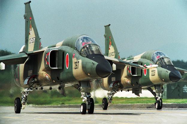 F-1 8267+8223 3sq 三沢 1995.09