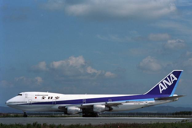 B747SR-81 JA8147 全日空 CTS 1990