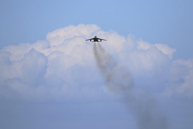 T-4 Take off