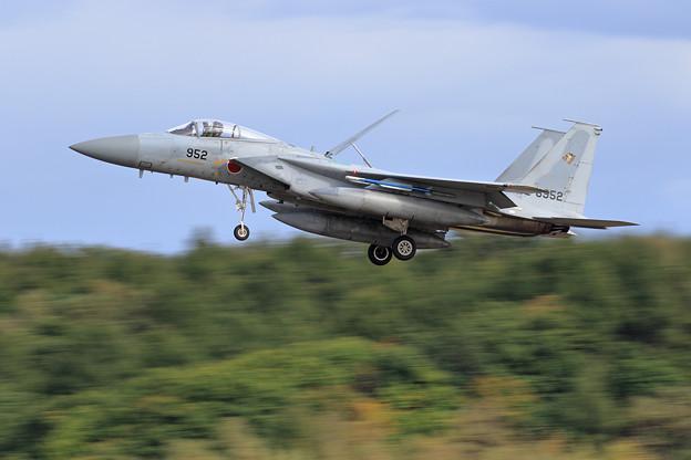 F-15J 52-8952 201sq approach