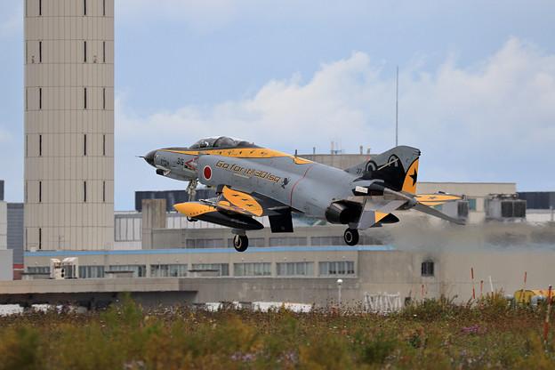 F-4EJ 37-8315 301sq CTS飛来 2020.10 (2)